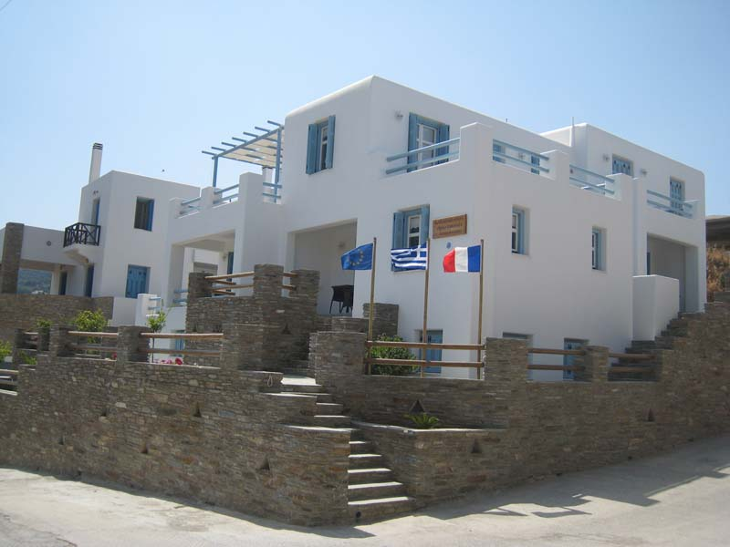 Andros apartments Chora