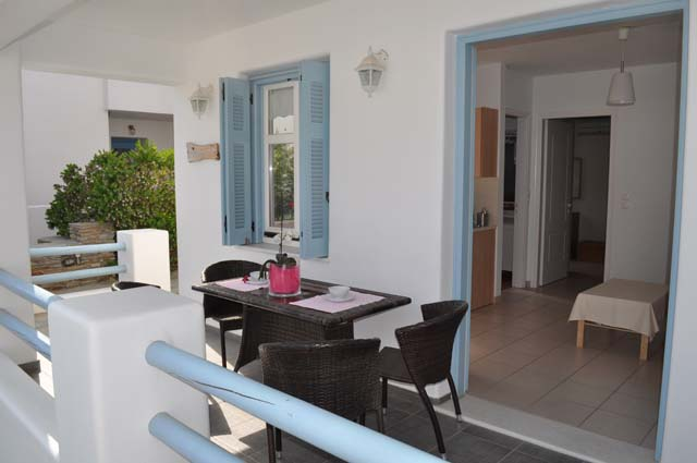 andros-apartments-Chora