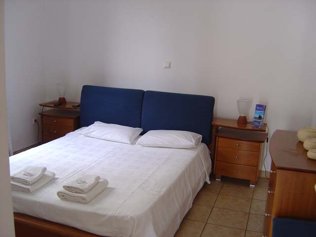 Άνδρος δωμάτια Andros rooms Apartments Nimporio